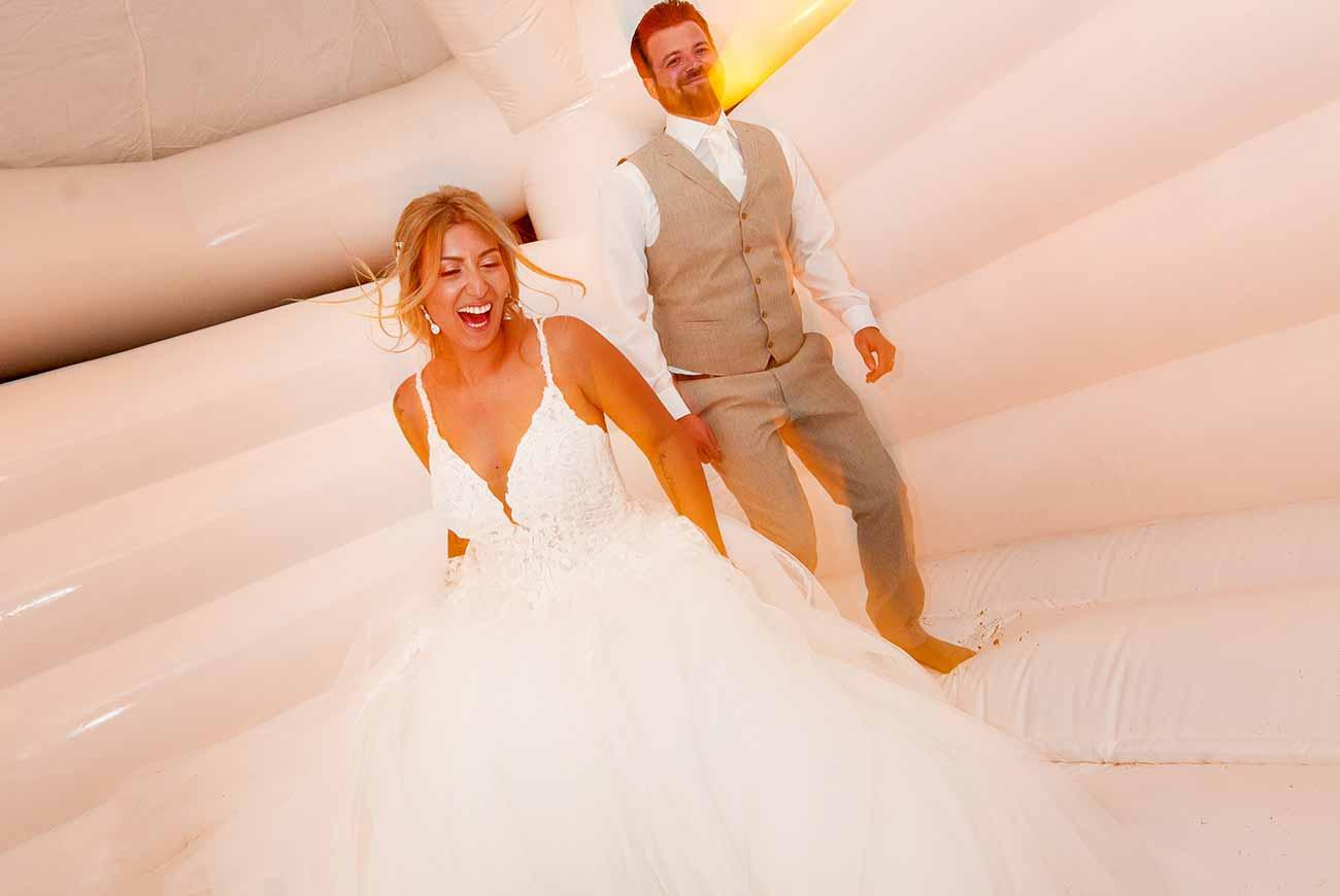 Hochzeit_Hüpfburg_1300x870px_4