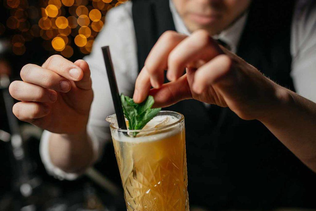 Mobiler_Cocktailservice_1300x870px_10