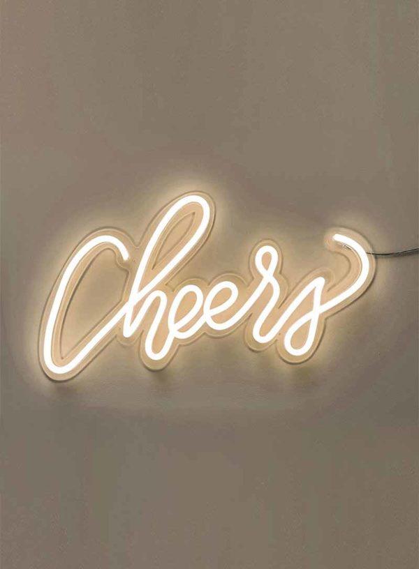 Produktbild_Neonschriftzug_cheers_800x1088px-1